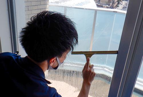 窓ガラスの計測方法 02